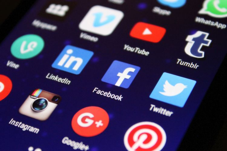 Murmuras Social Media